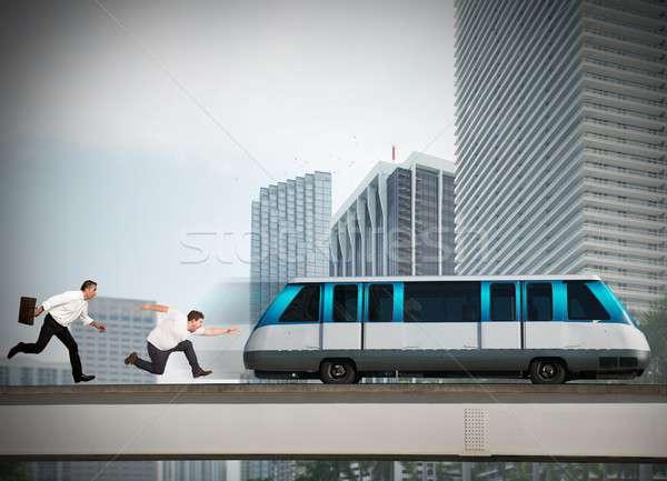 Mannen laat lopen bereiken trein man Stockfoto © alphaspirit