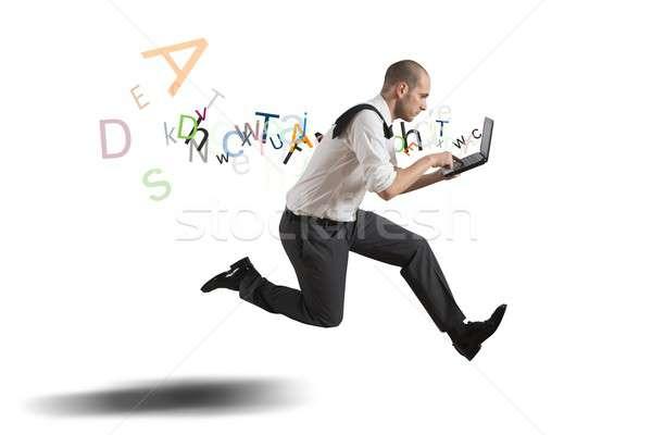 Sfidare business esecuzione imprenditore laptop ufficio Foto d'archivio © alphaspirit