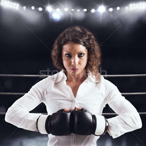 определенный деловая женщина готовый борьбе Конкуренты женщину Сток-фото © alphaspirit