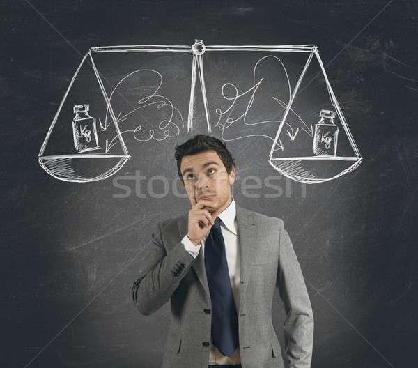 Działalności decyzja biznesmen sprawiedliwości stres głowie Zdjęcia stock © alphaspirit
