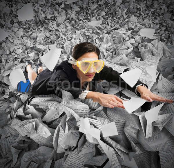 Bureaucratie mer femme d'affaires masque affaires papier Photo stock © alphaspirit