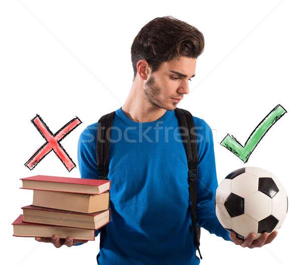 Foto stock: Jugando · estudiar · nino · pelota · escuela · fútbol