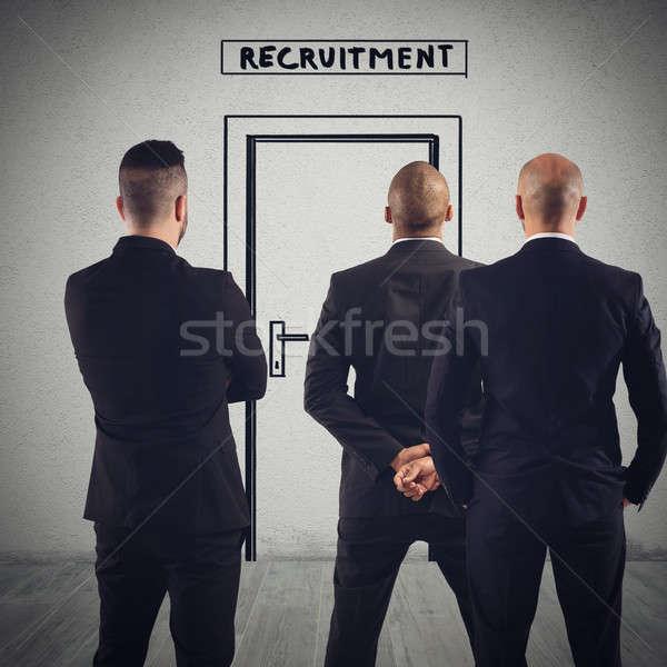 Recrutamento local de trabalho empresários espera porta negócio Foto stock © alphaspirit