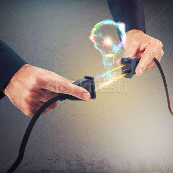 Gloeilamp verbinding elektrische licht vorm lamp Stockfoto © alphaspirit