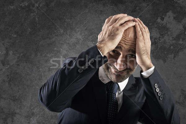 Işadamı iş kriz korkmuş adam kafa Stok fotoğraf © alphaspirit