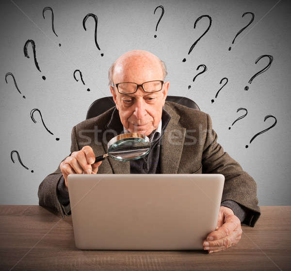 Stok fotoğraf: Zor · teknoloji · adam · yaşlı · karışık