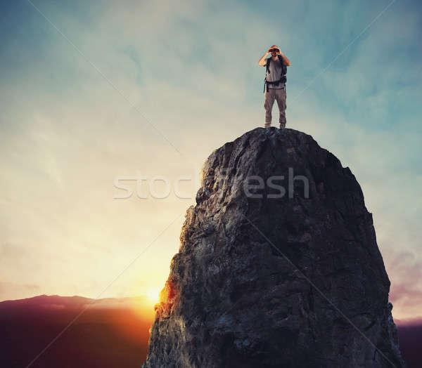 üzletember új horizont üzlet lehetőségek munka Stock fotó © alphaspirit