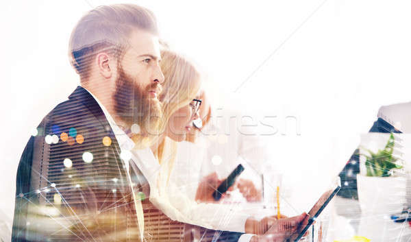 üzletember iroda internet hálózat startup cég Stock fotó © alphaspirit
