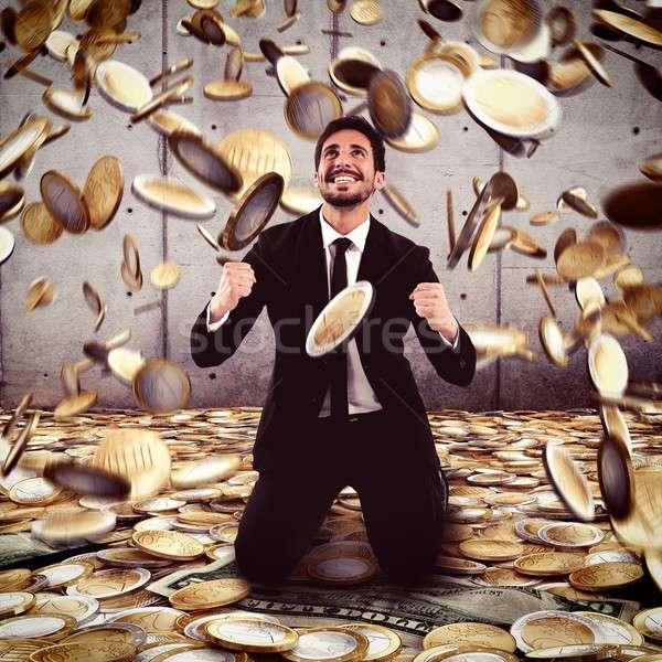 Winnen geld zakenman regen business gelukkig Stockfoto © alphaspirit