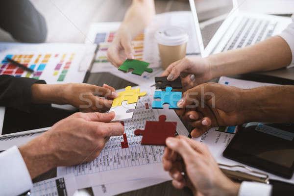 команде партнеры интеграция запуска головоломки бизнесменов Сток-фото © alphaspirit