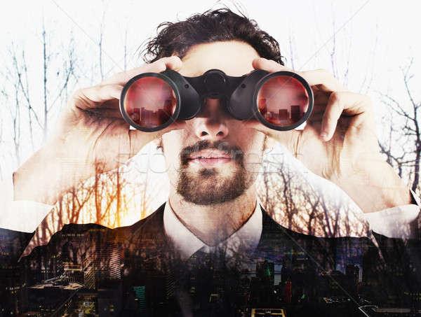 Geschäftsmann schauen Zukunft heraus Wald Stadt Stock foto © alphaspirit