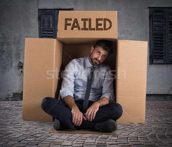Başarısız oldu işadamı sokak umutsuz karton iş Stok fotoğraf © alphaspirit