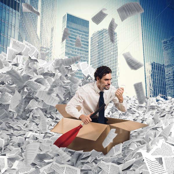 Empresário mar papel homem cartão barco Foto stock © alphaspirit