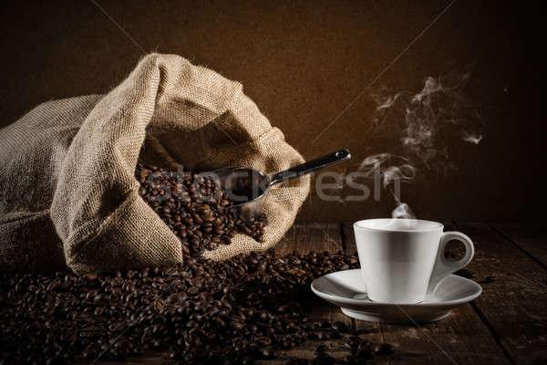 ストックフォト: カップ · コーヒー豆 · 袋 · 表 · ルーム