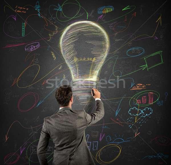 üzletember ötlet üzletemberek villanykörte iskolatábla üzlet Stock fotó © alphaspirit