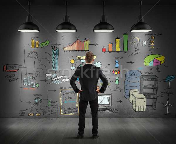 İş stratejisi duvar işadamı bakıyor grafik Stok fotoğraf © alphaspirit