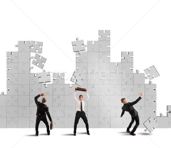 Quebra-cabeça cair falha empresários queda peças do puzzle Foto stock © alphaspirit