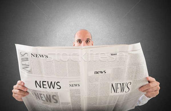 Foto stock: Notícia · jornal · homem · leitura · empresário