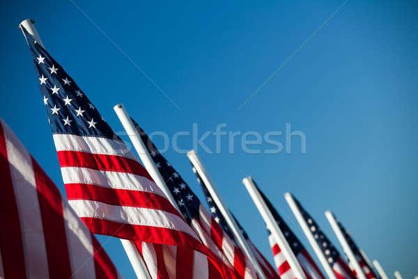 EUA americano banderas vibrante cielo azul Foto stock © alptraum