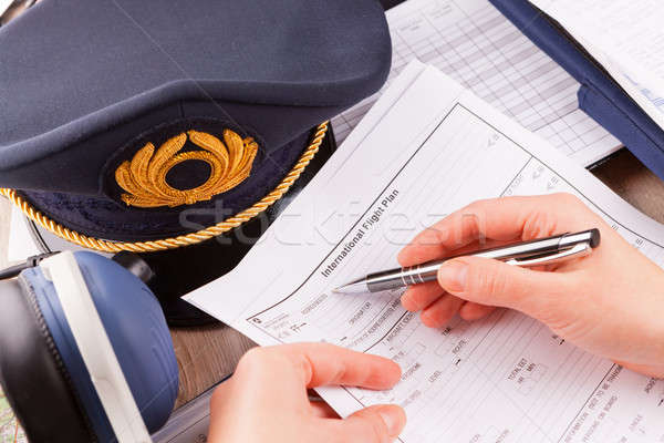 Avião piloto enchimento vôo plano Foto stock © Amaviael