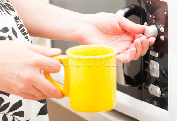 Timer forno a microonde forno movimento mug Foto d'archivio © Amaviael