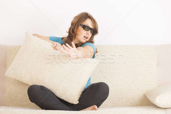 Mulher assistindo 3D tv óculos belo Foto stock © Amaviael