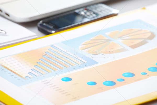 Iş grafikler iş grafik finansal popülerlik rapor Stok fotoğraf © Amaviael