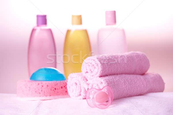 Stok fotoğraf: Bebek · bakım · nesneler · zeytin · şampuan