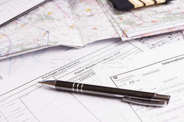 Avião piloto equipamento mapa caneta Foto stock © Amaviael