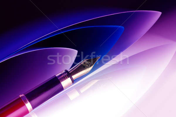 Kalem altın kâğıt arka plan eğitim büro Stok fotoğraf © Amaviael