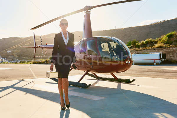 Elegante mulher de negócios helicóptero negócio sucesso luxo Foto stock © amok