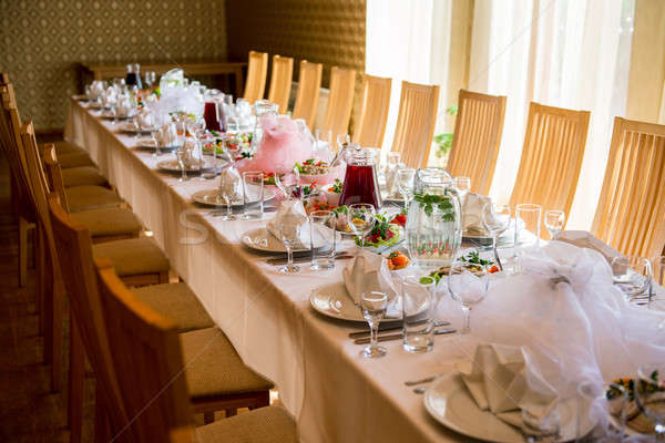 Stock photo Luxury banquet table setting at restaurant : table setting for restaurant - Pezcame.Com