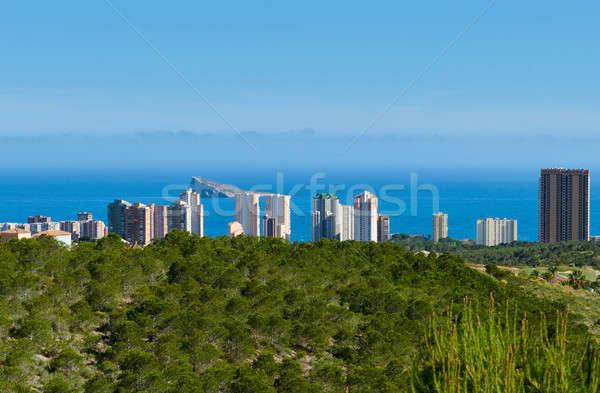 Kilátás város modern üdülőhely egy népszerű Stock fotó © amok