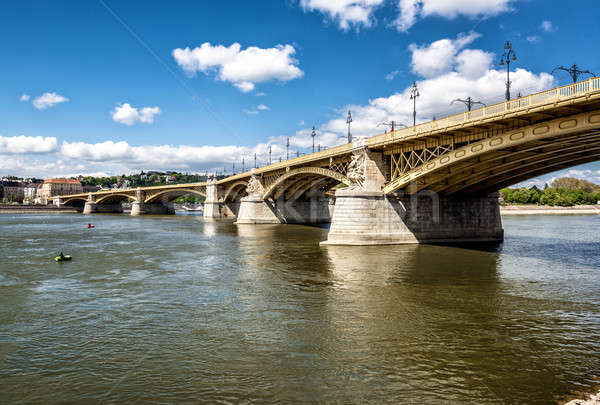 Köprü tuna nehir Budapeşte Macaristan şehir Stok fotoğraf © amok