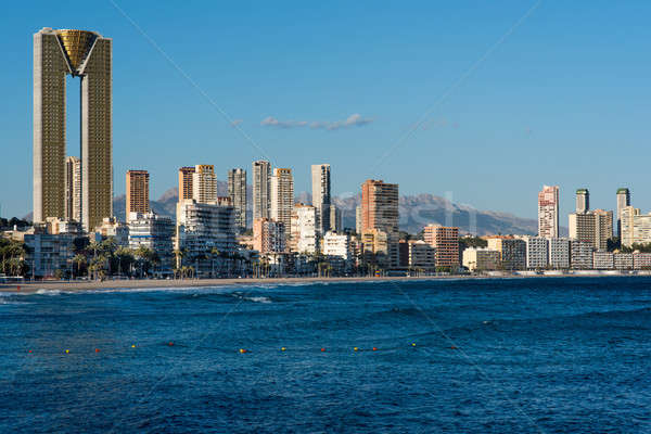Sziluett Spanyolország tengerpart város modern üdülőhely Stock fotó © amok
