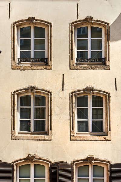 Façade vieille maison maison bâtiment ville design Photo stock © amok