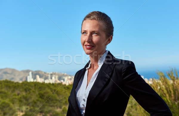 élégante femme d'affaires extérieur travaux portrait travailleur Photo stock © amok