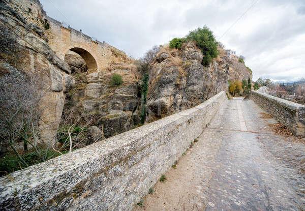 Vedere pod canion frumos oraş malaga Imagine de stoc © amok