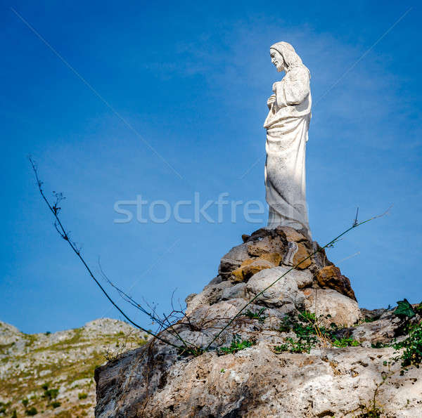 Jesus christ sculpture Rock ville bleu Photo stock © amok