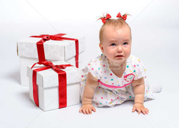 Ağlayan iki hediye kutuları beyaz gözler Stok fotoğraf © amok