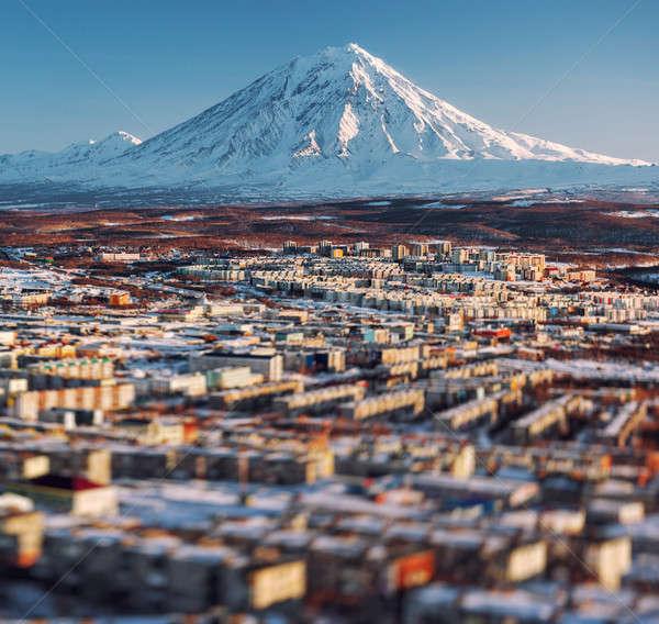 Stadsgezicht vulkaan zonsopgang ver Rusland afbeelding Stockfoto © amok