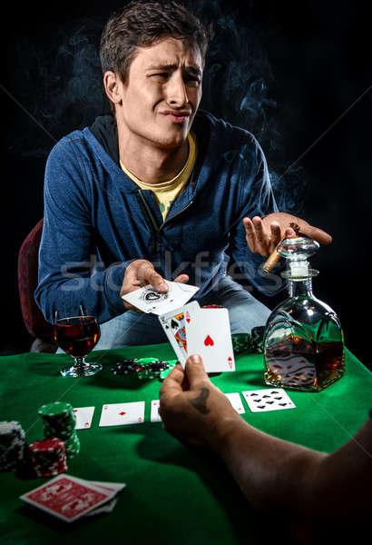 Stok fotoğraf: Kumarbaz · cam · kumarhane · genç · poker · stüdyo