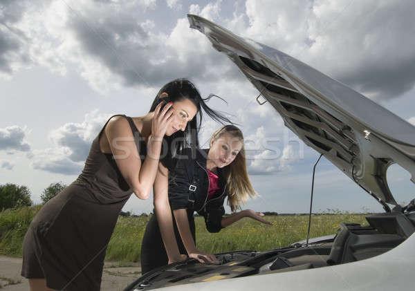Incidente strada due giovani donne auto rotta nubi Foto d'archivio © amok