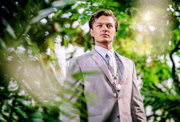 ハンサム 若い男 スーツ ツリー ファッション ストックフォト © amok