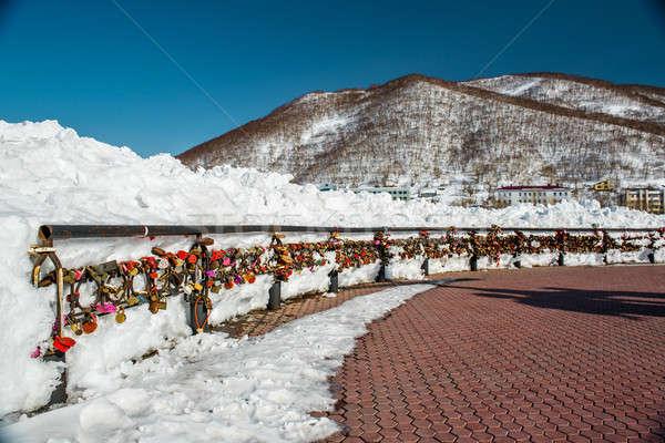 Stock fotó: Szeretet · híd · esküvő · hó · felirat · tél