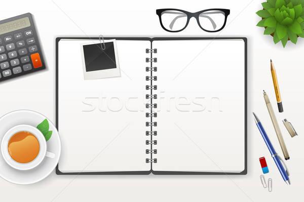 Werkruimte notebook thee papier boek pen Stockfoto © anastasiya_popov