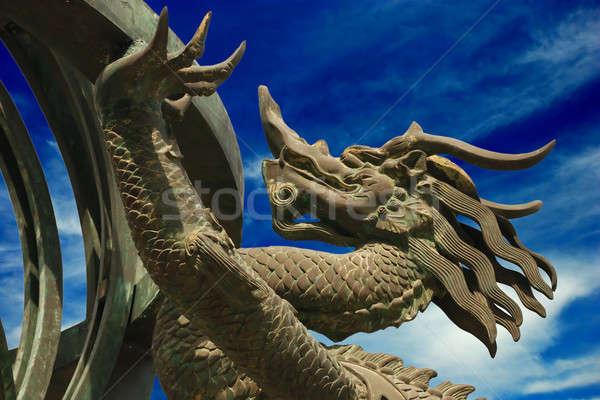 Bronzen draak blauwe hemel hemel architectuur witte Stockfoto © anbuch