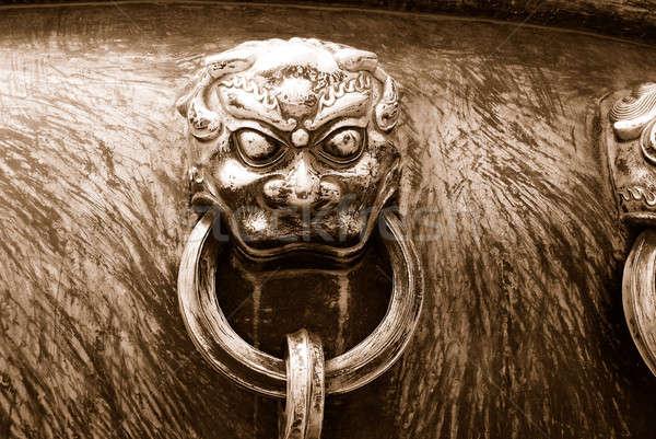 ősi bronz fogantyú ÁFA szépia tiltott város Stock fotó © anbuch