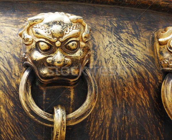 Közelkép ősi bronz fogantyú ÁFA tiltott város Stock fotó © anbuch