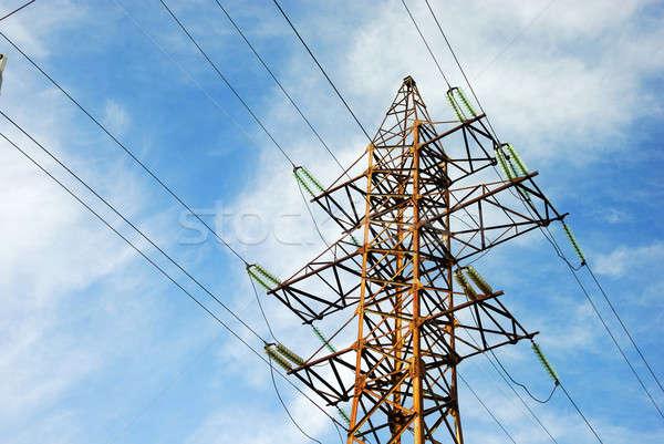 Eletricidade linha alto transporte energia blue sky Foto stock © anbuch